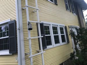 Before & After Exterior painting in Franklin Park, PA (2)