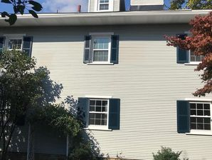 Before & After Exterior painting in Franklin Park, PA (5)